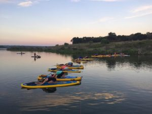 paddle-board-yoga-Lake-Georgetown